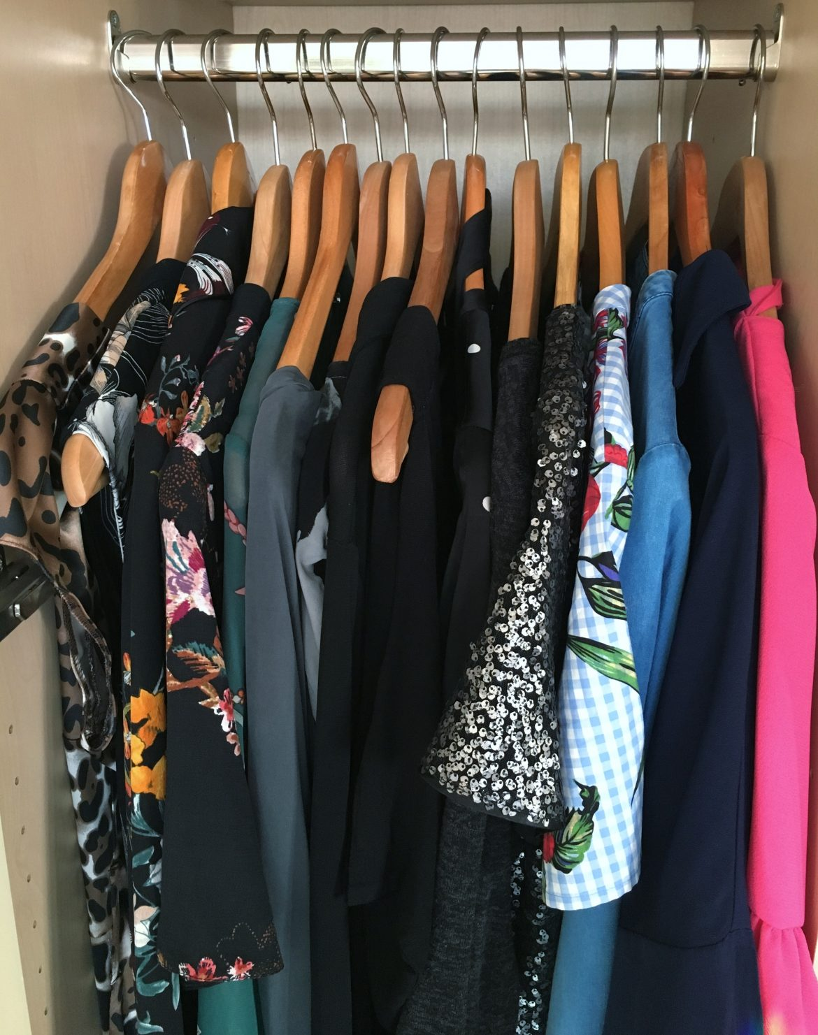 "55dd50d31bd3c A cluttered wardrobe leads to a cluttered mind and that classic cry ""I have  nothing to wear!"" With a new ..."