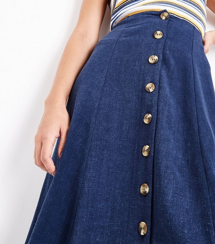 ae1583aced8902 navy-button-front-midi-skirt - Club Forty